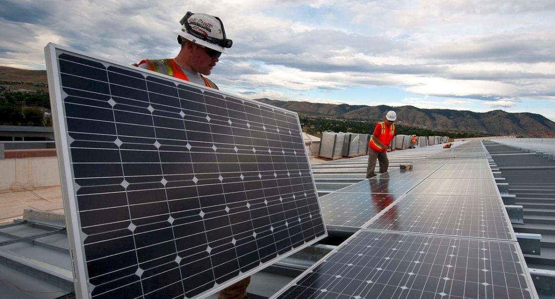 Investigadores de la ULE descubren una vulnerabilidad que afecta a instalaciones solares fotovoltaicas
